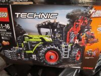 LEGO TECHNIC 42054 TRACTOR NEW