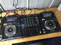 2x Pioneer CDJ 2000 Nexus Decks Pair + DJM 900 Nexus Mixer