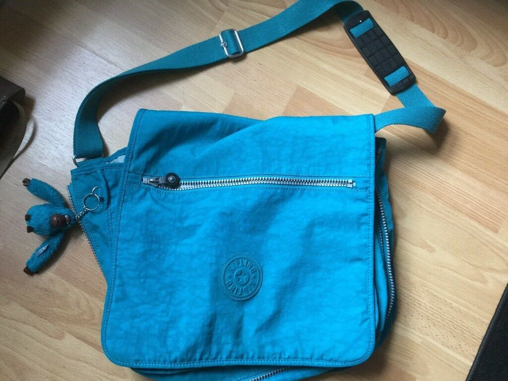 KIPPLING MADHOUSE large bag. Only used once or twice. IMMACULATE. With matching monkey 🐒.