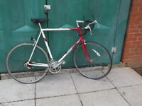 RALEIGH, CLASSIC Racing Bike, 700c Alloy Wheels, Many New Parts, SERVICED.