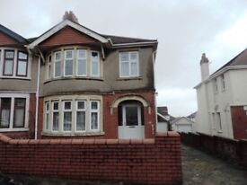 Earls Court Penylan 3 Bedroom Semi Detached House. Ideal for a family or professional couple.