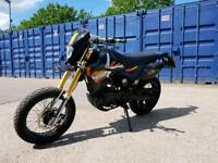Pulse 125 adrenaline supermoto