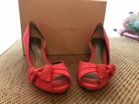 Jacques Vest shoes size 5 Very good condition . No marks. Only worn one for a wedding