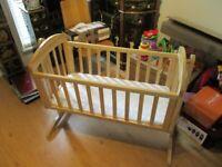 Mamas and papas breeze cot / crib