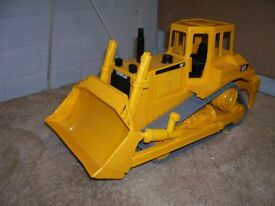 BRUDER BULLDOZER LARGE TOY FOR INDOOR OUTDOOR PLAY