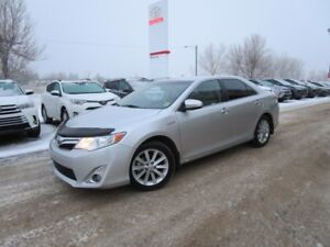 2014 Toyota Camry Hybrid XLE Toyota Certified,One Owner, Loca...