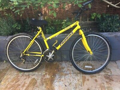 "Yellow Kudos Ladies/ Girls Probike 18"" frame 26"" Wheels with 18 shimano gears"