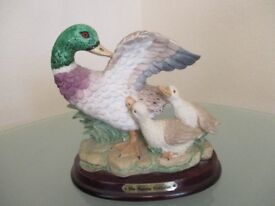 The juliana collection duck figurine