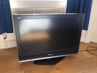 "32"" HD TV - Panasonic Viera LCD"