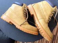 Sketchers Style Sand Coloured Shoe Boots
