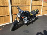 Suzuki Bandit 600 A2 license if needed