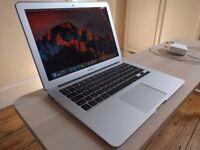 Apple MacBook Air 13' 2.13GHz 4GB Ram 128GB SSD Adobe Premiere 2017 Final Cut Pro X Microsoft Office