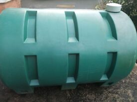 Green Plastic oil tank, holds 1000 litres. Must collect. £50