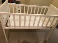 White Mothercare crib (with mattress)