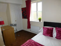 Room the rent £375 p/m Close to uea an norwich in freindly house share