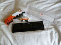 Promotional TNT Global Express DAF 95XF Diecast articulated truck + Lorry