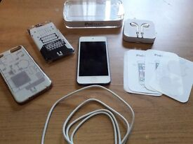 Ipod touch 6th generation 16gb in blue. Fully working order.