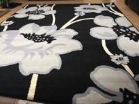 Brand new large black rug size 180 cm x 230 cm