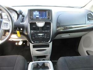 2011 Chrysler Town and Country Cambridge Kitchener Area image 13