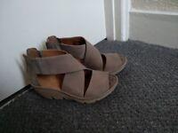Clarks woman's sandals