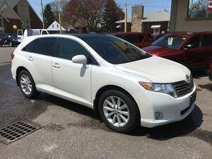 2012 TOYOTA VENZA BASE - SUNROOF, LEATHER HEATED SEATS, REAR VIE