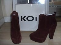 Ankle boots high heel wine size 6