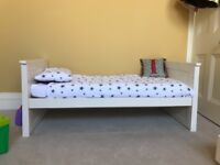 Toddlers Bed, Mothercare Harrogate 70x140cm in very good condition