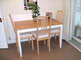 IKEA. Solid Wood, Modern Kitchen Table. (Excellent Condition)