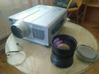 Hitachi Projector CP-X990W + Short throw lens