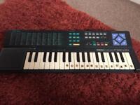 Childrens musical keyboard - yamaha