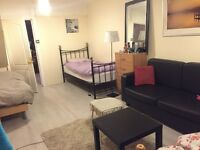 HUGE TRIPLE ROOM WITH SHOWER...£70PW PER PERSON( ALL BILLS INC)