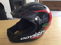 Bmx/downhill bike clothes, helmet, protection