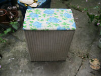 Lloyd Loom vintage white laundry basket