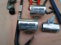Plumbing tools and pipe clamps