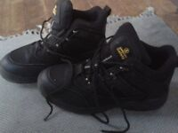'Amblers' Men's Safety Boots - Size 10 - Worn Once - Nearly New Condition