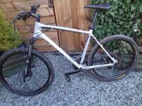 GIANT Talon 2.5 MTB Bike 24 speed,Hydraulic disc brakes,