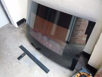 LOG FLAME EFFECT ELECTRIC FIRE WITH REMOTE CONTROL.