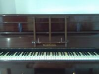 Wilson Peck upright piano