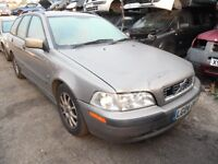 2004 VOLVO V40 S (MANUAL PETROL)(FOR PARTS ONLY)