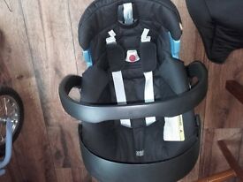 mamas & papas newborn car seat sola