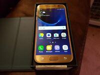 Gold Samsung Galaxy S7 Unlocked - Like New