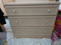 G -PLAN CREAM/BEIGE CHEST OF DRAWS WIDE USED ASH WOOD