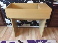 Tortoise table in very good condition