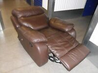 RECLINER / RECLINING CHAIR BROWN LEATHER
