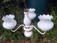 DELIGHTFUL CERAMIC CEILING LIGHT CLUSTER WITH GLOBES IN EXCELLENT CONDITION