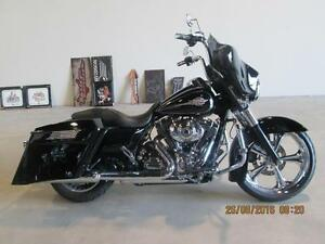 2011 Harley-Davidson FLHTC