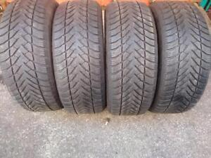 """19"""" LAND ROVER P255/55R19 X4 (111H) GOOD YEAR ULTRA GRIP WINTER TIRES USED FOR SALE"""