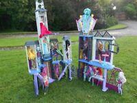 Monster High School And 15 Monster Dolls