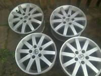 4 alloy wheels 5x114.3 pcd