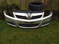 Vauxhall Vectra / Signum Facelift Silver Front Bumper